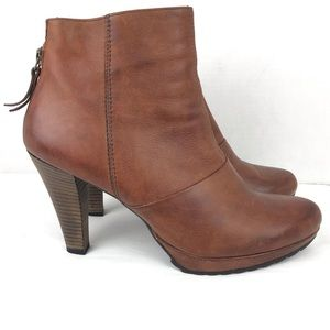 Paul Green Platform Heeled Leather Boot Brown 8.5